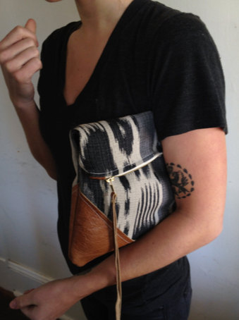 Arrows Design clutch zipped bag