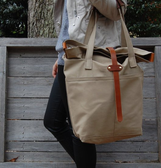 Neutral tote by Arrows Design via Etsy