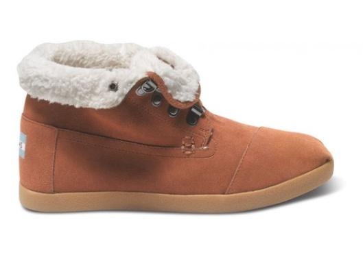 TOMS chestnut suede fleece botas