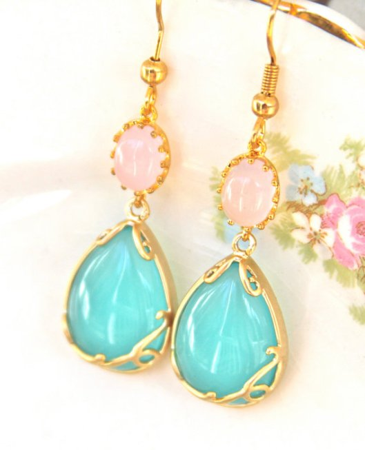 Dangle earrings by Vintage Girl at Heart